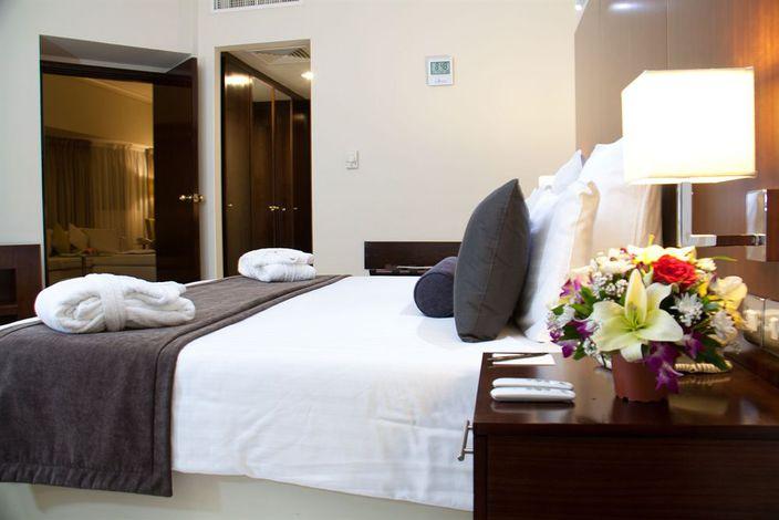 Avari Dubai One Hotel